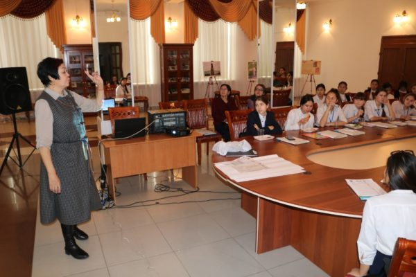 Формирование семейных ценностей как фактор стабильности современной казахстанской семьи: семинар